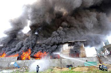 В пожаре на обувной фабрике в Филиппинах погибли 67 человек