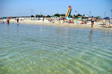 Отдохнуть на Азовском море в Донецкой области станет сложнее