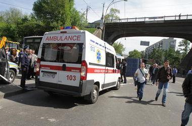 В Киеве с крыши девятиэтажки сорвался 14-летний школьник