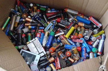 Киеву грозит экологическая катастрофа из-за опасных старых батареек – активисты