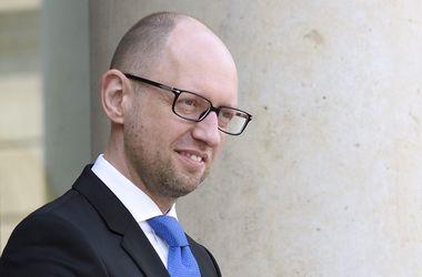 """""""Свободная торговля"""" с ЕС заработает в январе - Яценюк"""