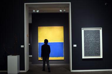 Похожая на украинский флаг картина Марка Ротко продана за $46 млн