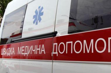 """В Тернополе пациент психбольницы угнал """"скорую"""": мужчину с сиренами догоняли два патруля ГАИ"""