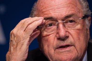 ФИФА опровергла информацию, что Блаттер не посещает США из-за боязни допроса ФБР