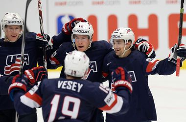 США разобрались со Швейцарией в четвертьфинале хоккейного ЧМ