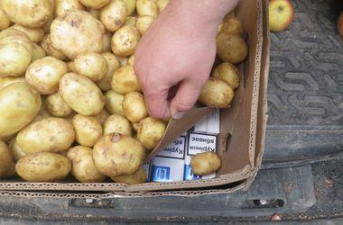 В Крым везли замаскированные под картофель сигареты