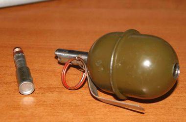 По Днепропетровску разгуливал мужчина с гранатой в кармане