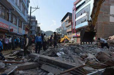 Повторное землетрясение в Непале уже унесло 141 жизнь