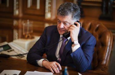 Порошенко поговорил с Кэмероном по телефону и рассказал, чего он ждет от ЕС