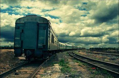 Во Львове поезд сбил мужчину