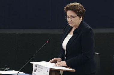 ЕС рассмотрит возможность снятия санкций против РФ в июне - премьер-министр Латвии
