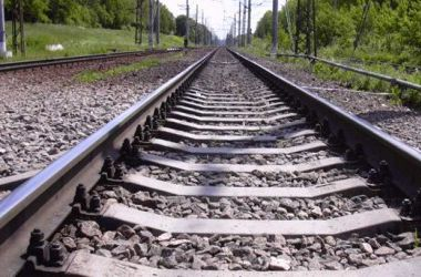 В Черниговской области безработный пустил поезд под откос после ссоры с любимой