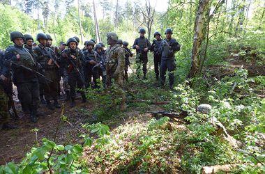 Скандал на Яворовском полигоне: солдатам привезли форму