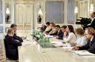 Порошенко провел совещание по вопросам выполнения Украиной требований для введения безвизового режима с ЕС