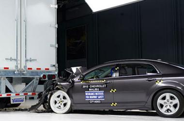 Рейтинг самых безопасных автомобилей 2014-2015 года по версии Института дорожной безопасности
