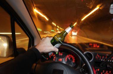 В Одессе пьяный лихач устроил гонки с гаишниками и заблокировался в авто
