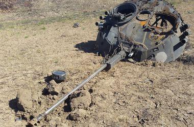Самые резонансные события дня в Донбассе: боевики несут потери и охотятся за украинской бронетехникой