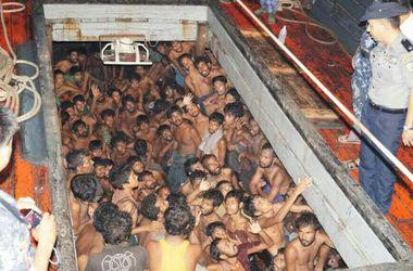 В Малайзии нашли массовые захоронения нелегальных мигрантов