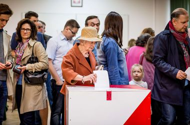 Голосование на выборах президента Польши продлили на 1,5 часа
