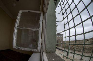 В Бразилии зэки устроили тюремный бунт и захватили заложников