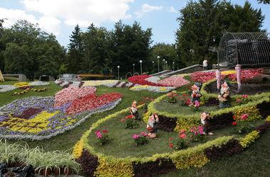 В Киеве высадили три миллиона цветов