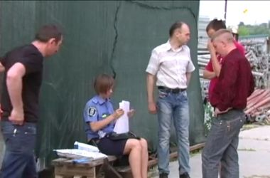 В Киеве нашли двух мертвых строителей в канализации