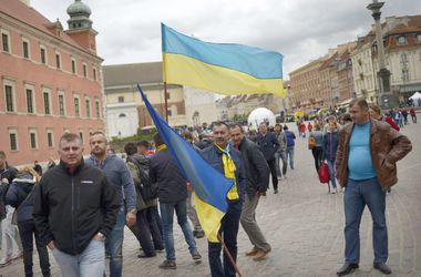 80 украинских фанатов арестованы перед финалом Лиги Европы за драку