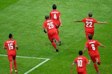"""""""Днепр"""" уже проигрывает в финале Лиги Европы - 1:2"""