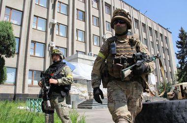 Власть на Донбассе  передали военным: как работают военно-гражданские администрации