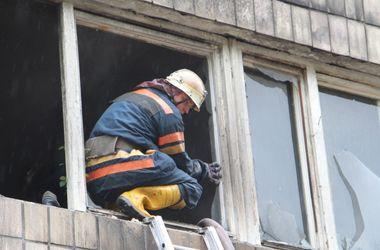 В Киеве дотла сгорела автомастерская