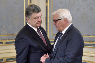 Порошенко и Штайнмайер обсудили пути реализации Минских соглашений