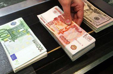 Курс евро к рублю резко подскочил в день боев под Донецком
