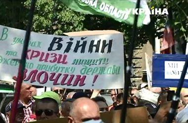Протестующие предприниматели добрались до Киева
