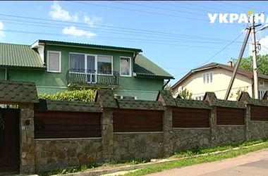 В Ивано-Франковске гранатами забросали дом бизнесмена