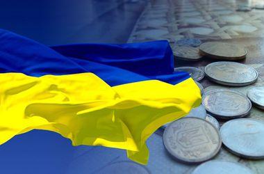 """""""Убитая"""" промышленность и расходы на войну: названы главные угрозы для экономики Украины"""