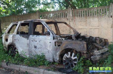 В масштабном пожаре в Одесской области сгорел Range Rover и пострадали еще 5 авто
