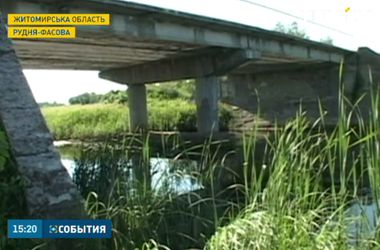Трагедия в Житомирской области: двое малолетних детей утонули в реке