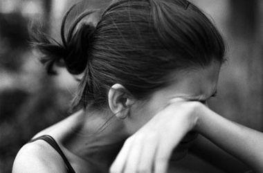 В Тернопольской области мужчина заманил и изнасиловал 15-летнюю девочку
