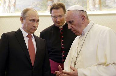 Папа Римский призывает Путина приложить усилия для достижения мира в Украине