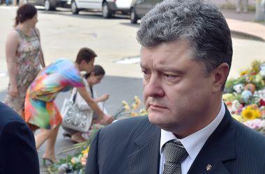 Порошенко обвинил Россию в гуманитарной катастрофе на Донбассе