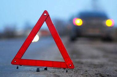 В Запорожской области многотонный грузовик протаранил легковушку, много жертв