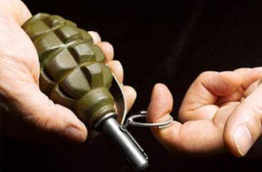 В Житомире милиция задержала парня с гранатой в кармане