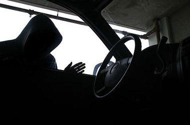 В Харьковской области напарники угнали 33 автомобиля
