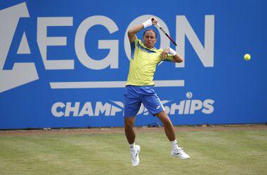 Александр Долгополов победил Рафаэля Надаля на турнире в Лондоне