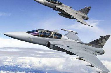 Истребители НАТО перехватили 5 военных самолетов РФ у границ Латвии