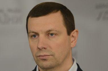 Чтобы жители Донбасса не чувствовали себя в блокаде, нужно реализовать Минские соглашения - нардеп