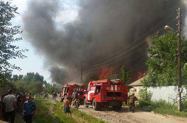 В Харькове в частном секторе - сильный пожар