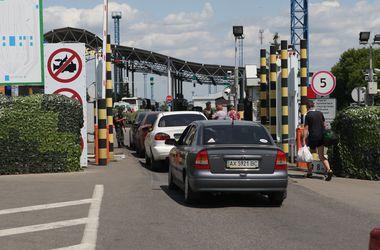 Пограничные будни: как работается таможенникам на границе с РФ