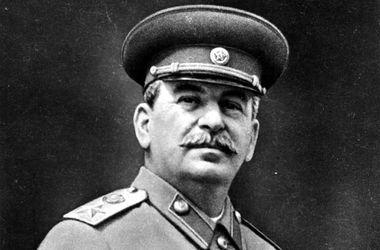 В России предложили причислить Сталина к лику святых