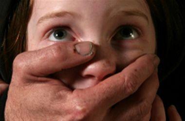 В Николаевской области старый педофил изнасиловал 8-летнего мальчика